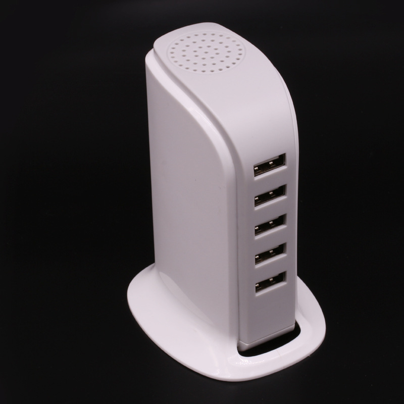 Hot Universal 4 Ports USB Charger Charger Adapter For Smart Phones /PC/MP3& USB Mobile Devices