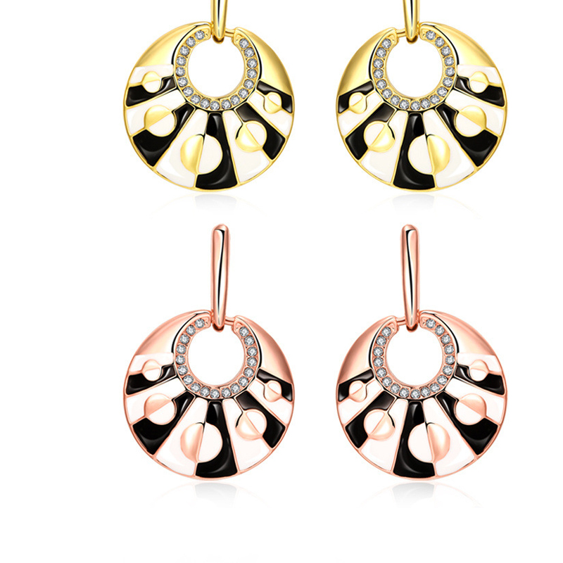Fashion Beautiful Design High Quality Crystal Earrings For Women