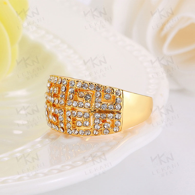 Simple Beautiful Top Quality Yellow Gold Plated Rings For Women