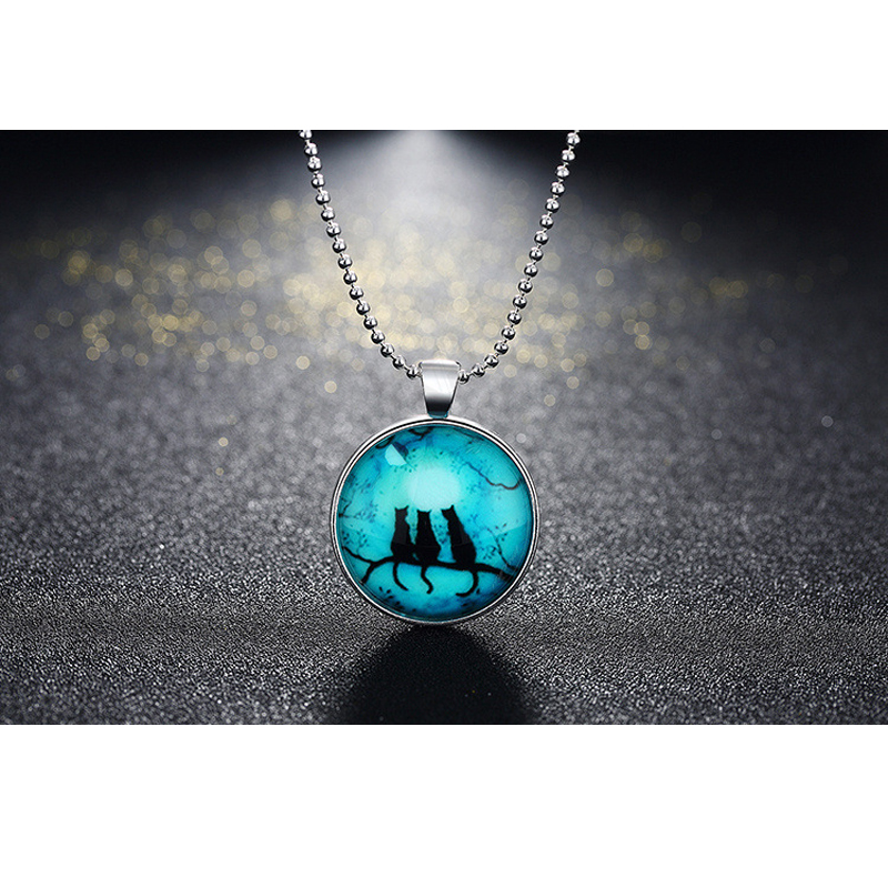 Glow In The Dark Luminous Three Black Cat Necklace Silver Plated Art Glass Pendant Necklace YGN095