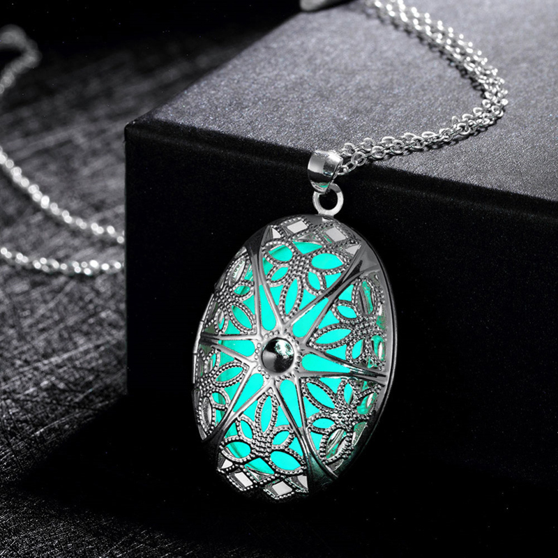 Long Silver Plated Necklace Classic 3 Color Styles Noctilucent Oval Shaped Pendant Necklaces YGN059
