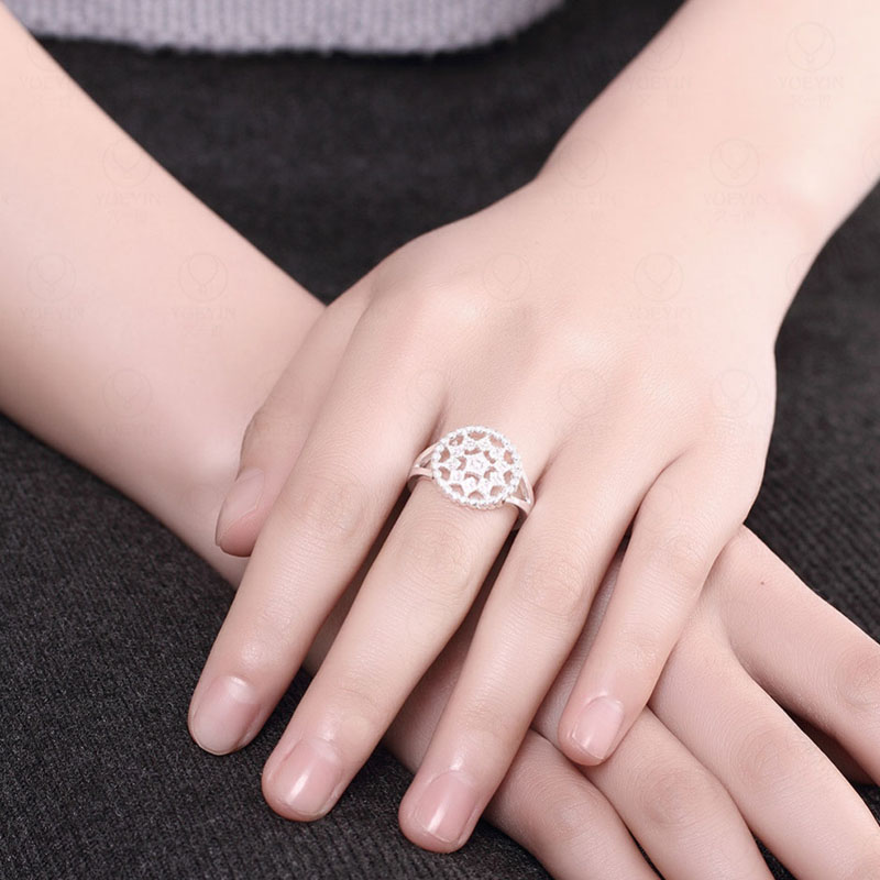 Shining Classic Silver Star Ring With AAA+ Zircon Hollow Out Wedding Rings For Women