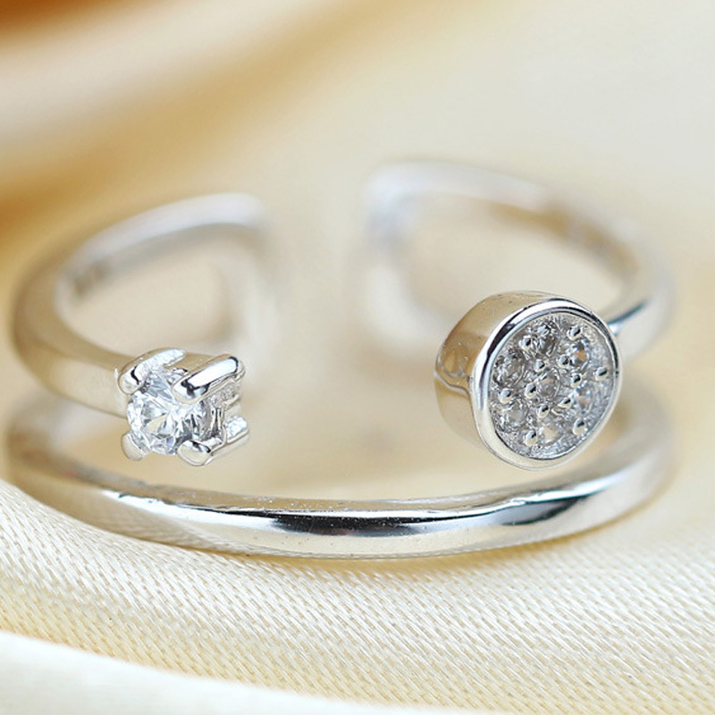 Diamond Round 925 Sterling Silver Adjustable Joint Ring for Women