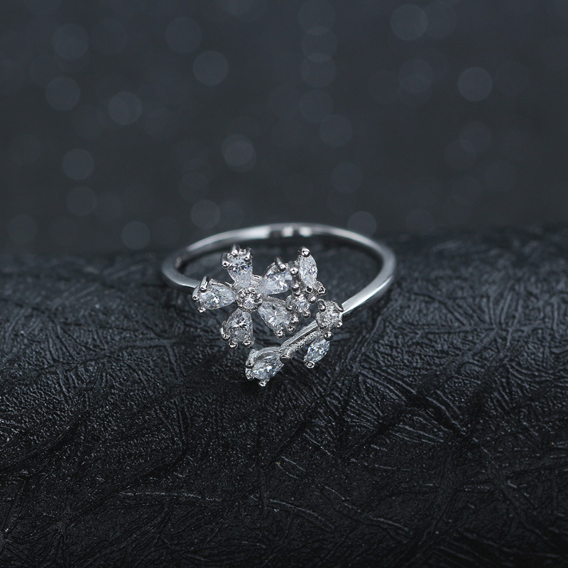 Elegant Diamond Flower 925 Sterling Silver Ring Fashion Jewelry Ring for Women