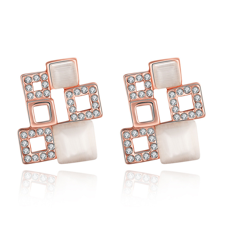 Romantic Antiallergic Gold Plated Crystal Austria Crystal Diamond Earrings For Women