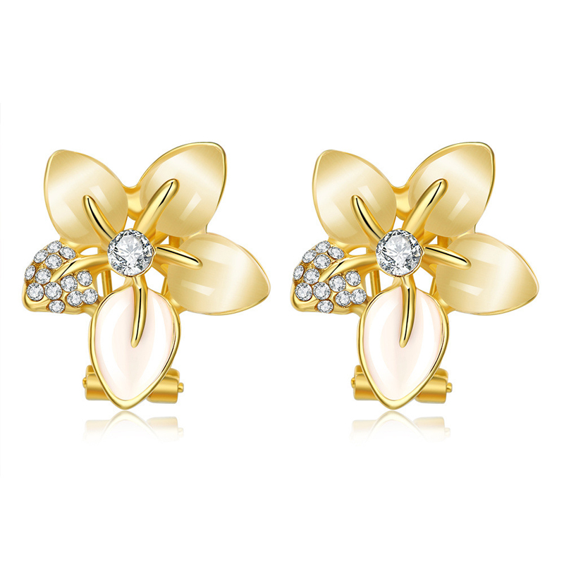 Women's Floral Jewelry Earrings Cute Stylish Flowers Clip Earrings for Women Gold and Rose Gold 2 colors available