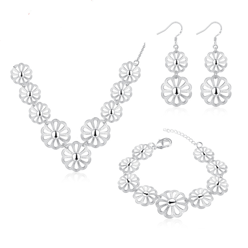 Hot Sale Silver plated Jewelry Sets for Women Sweet Flowers Necklace Earring Bracelet Jewelry Sets