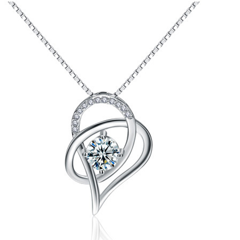 925 Sterling Silver Heart Shaped Pendant for Women A252
