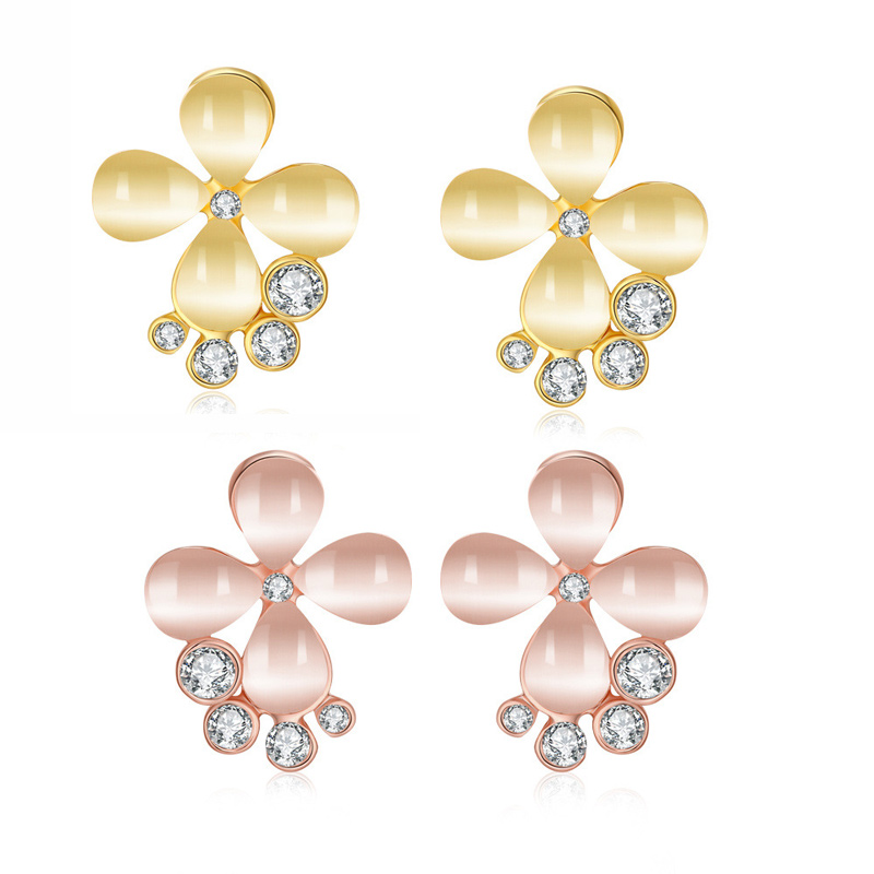 Hot Selling Clover Shaped with 4 Rhinestones & Cubic Zirconia Earrings Fashion Jewelry for Women LKN18KRGPE1071