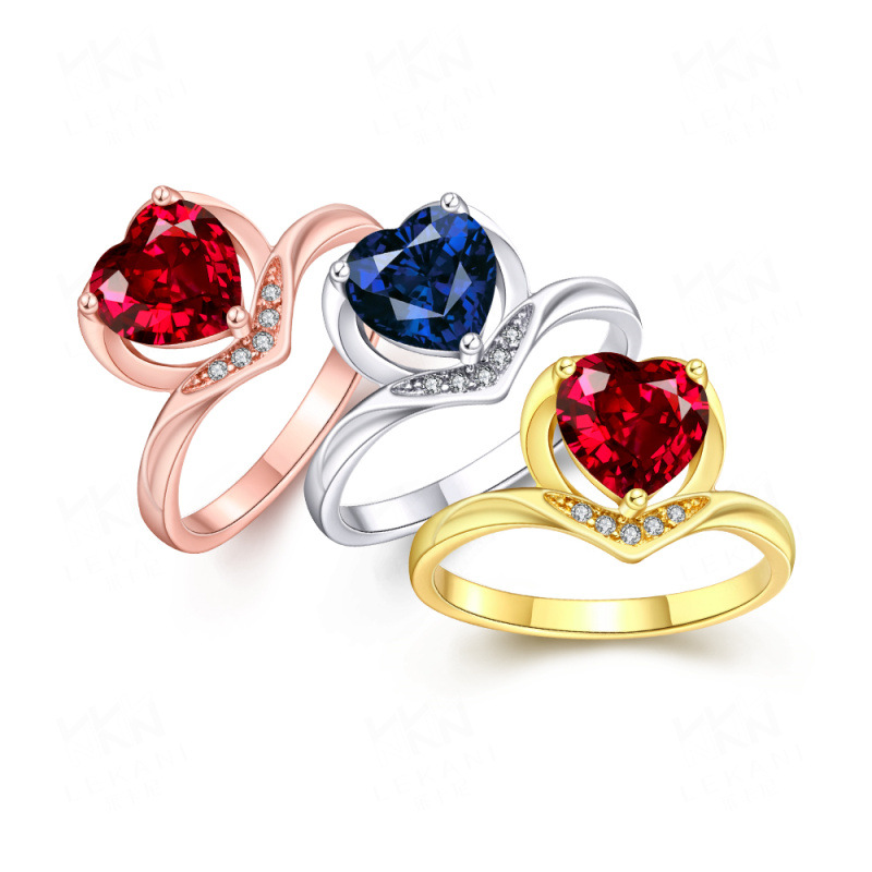 New Arrival Yellow/Rose/White Gold Plated with Luxury Red/Blue Crystal Romantic Heart Engagement Rings Wedding Jewelry for Women