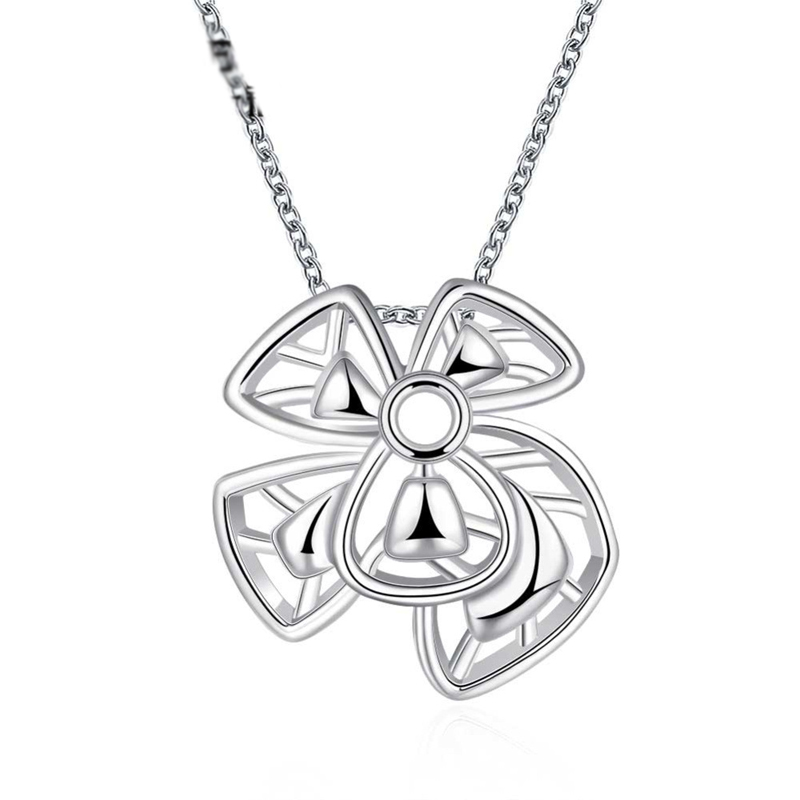 Flower Pendant Silver Plated Necklace Popular Necklace For Women LKNSPCN786