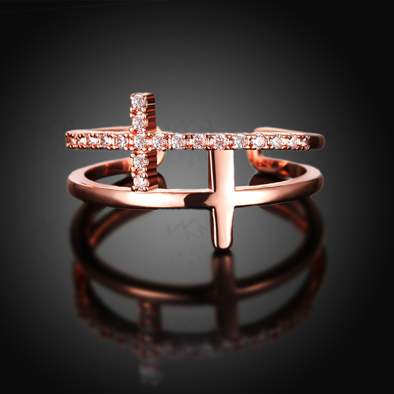 New Design Double Cross Shaped Diamond Ring for Women AKR007