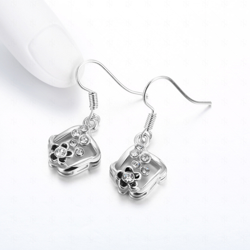 Square Shape Flower Diamond Earrings For Women LKN18KRGPE1044