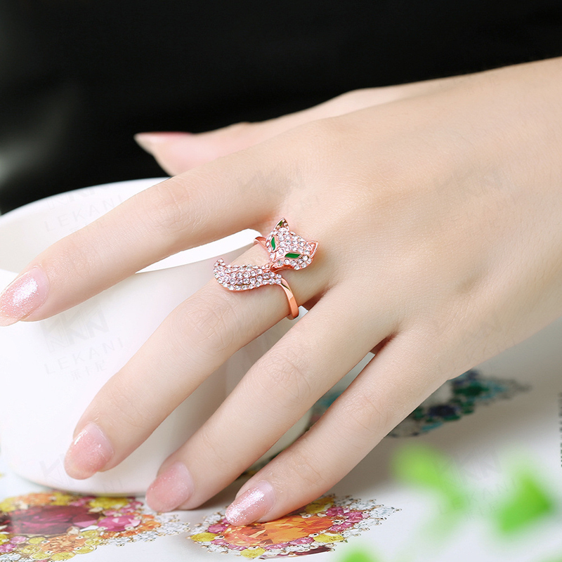 Fashion Lovely Fox Diamond Rings for Women AKR037