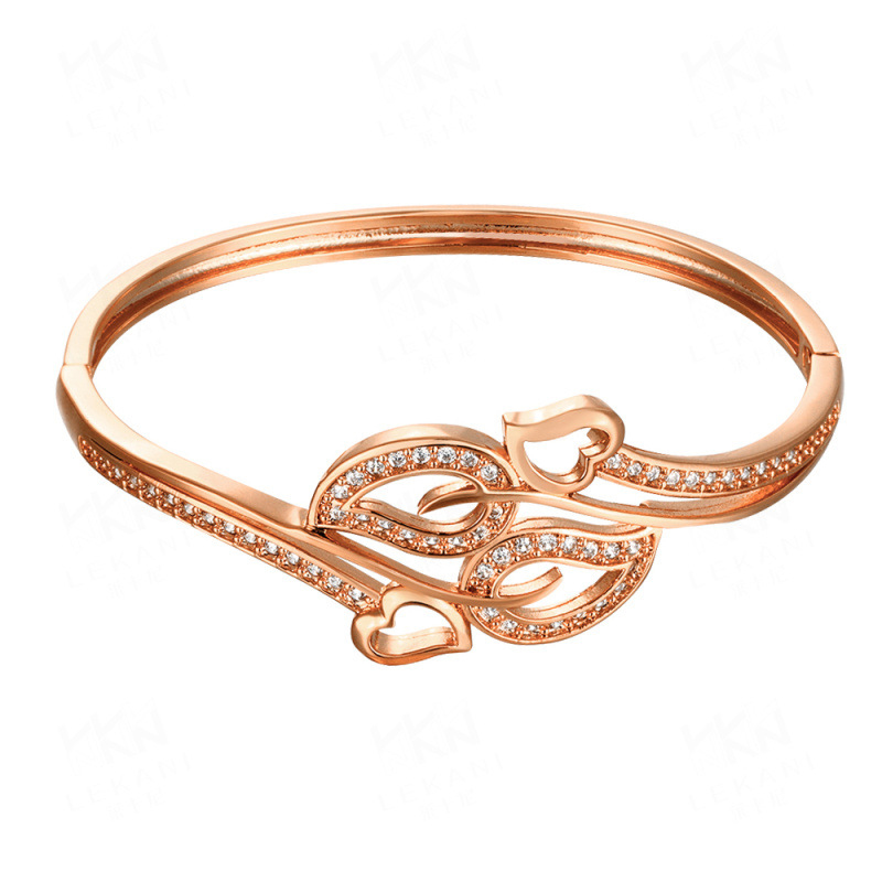 New Design Stylish Elegant Bangle Bracelet Heart Leaf with Crystal Jewelry for Women Girl