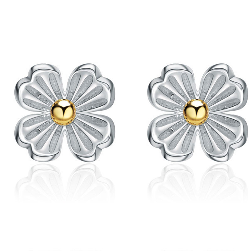 925 Sterling Silver Fashion Female Four Leaf Clover Stud Earrings