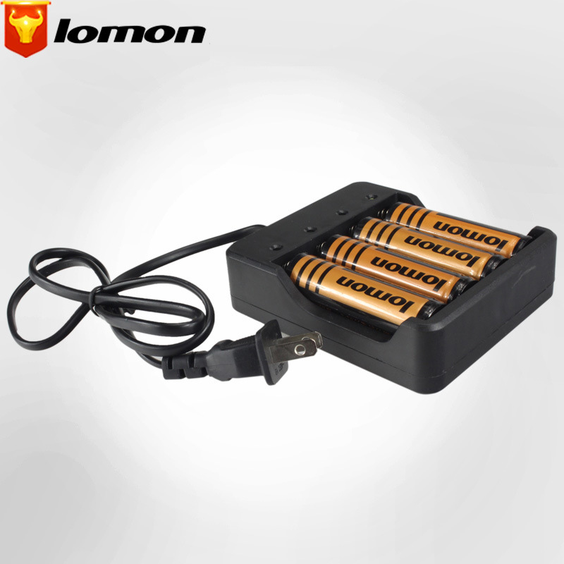 Lomon 4.2V Four Slot Flashlight Lithium Battery Cradle for 18650 Battery P50