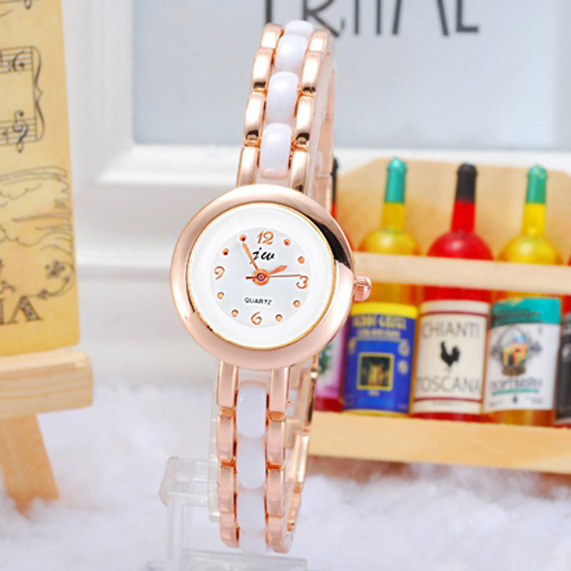 Classic Simple Watch With White Dial Rose Gold Case Quartz Women Bracelet Watch 68544