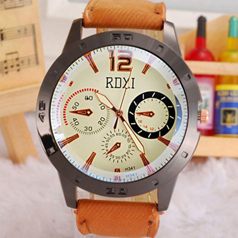 PU Strap Big Dial Quartz Chronograph Men Watches