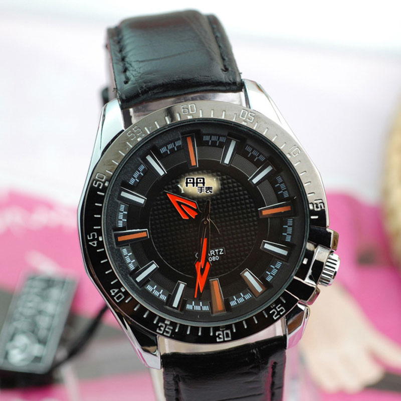 Black/White Dial Leather Strap Stick Markers Men Watches
