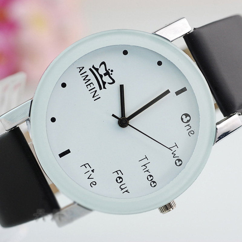 Fashion Style Men Watch White Dial Leather Strap Student Watch 66976