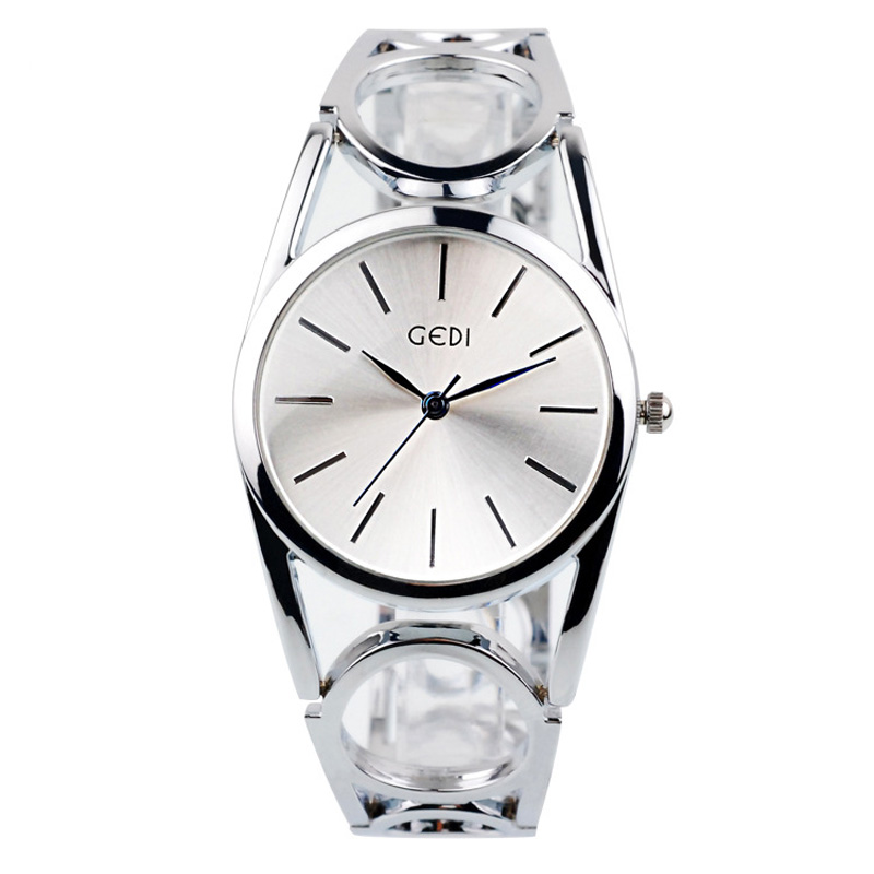 Fashion Women Braclet Watch With Silver Dial Quartz Watch 70063