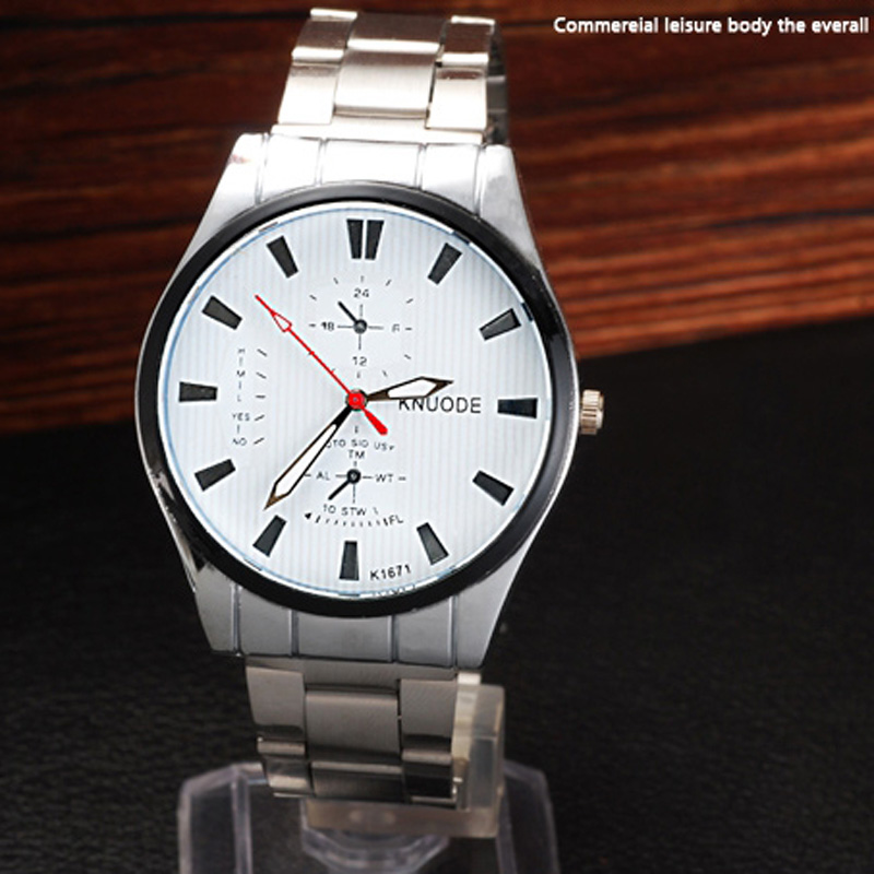 Fashion Leisure Black/White Dial Steel Men Watch