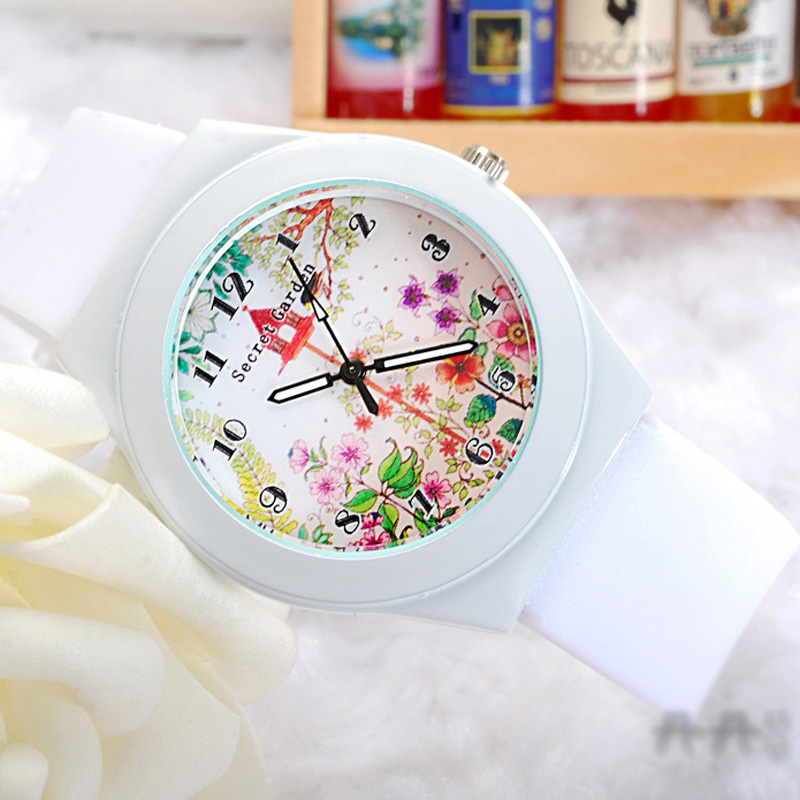 Fashion Watercolor Painting Digital dial Women Watch 68620