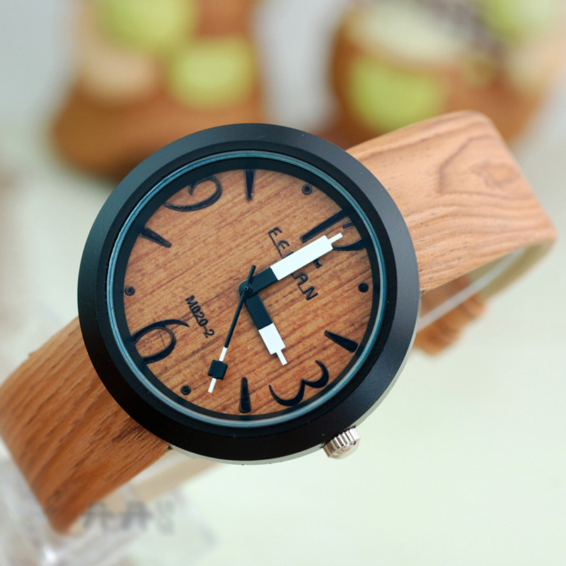 British Style Wood Grain Black Alloy Case Leather Watch 66918