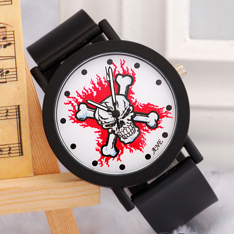 Casule Black PU Strap Skull Bones Dial Men Watch 68125