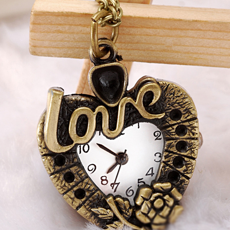 Heart - shaped White Dial Fashion Necklace Watch 61174