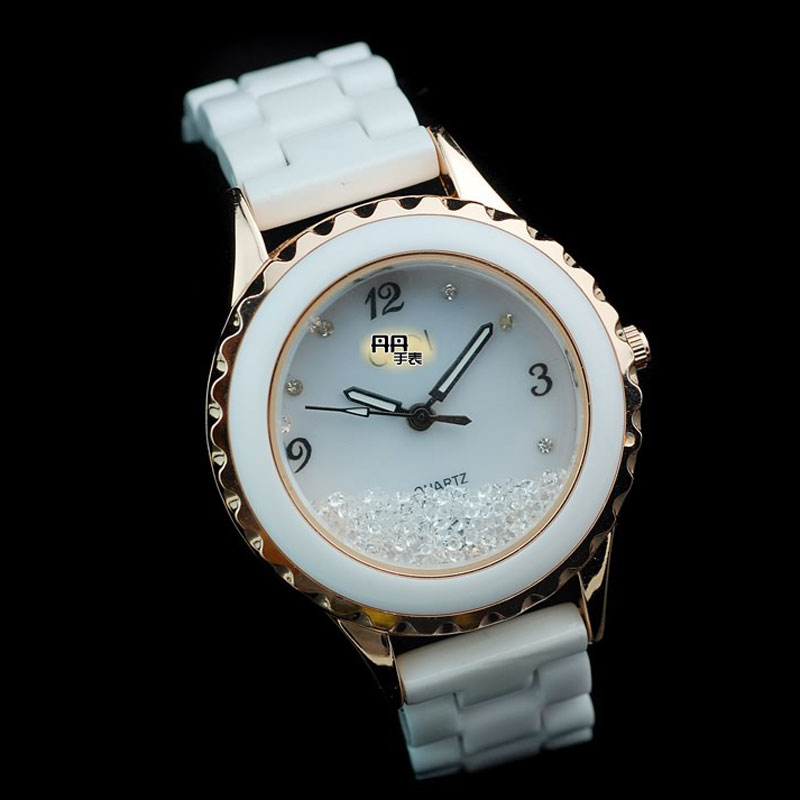 Hot Sale Quartz Alloy Case White Dial Ceramic Bracelet Women Watch