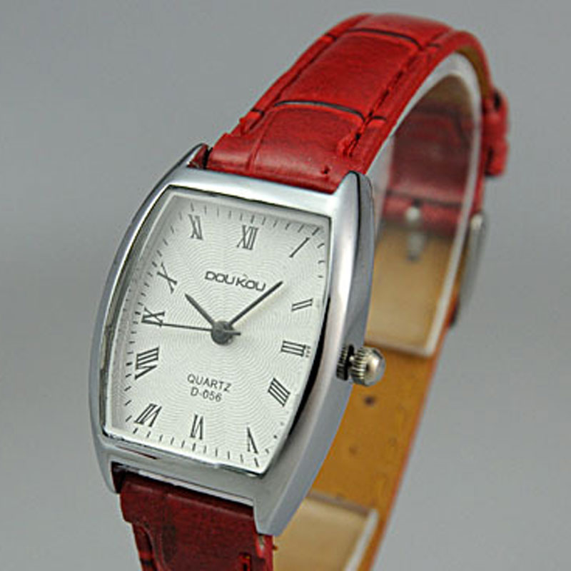 Fashion Roman Numeral Markers White Dial Leather Strap Alloy Case Women Watch