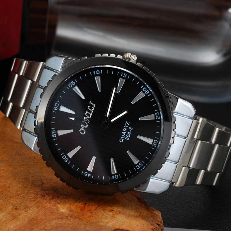 A Variety Of Styles Black Dial Alloy Bracelet Quartz Alloy Case Men Watch
