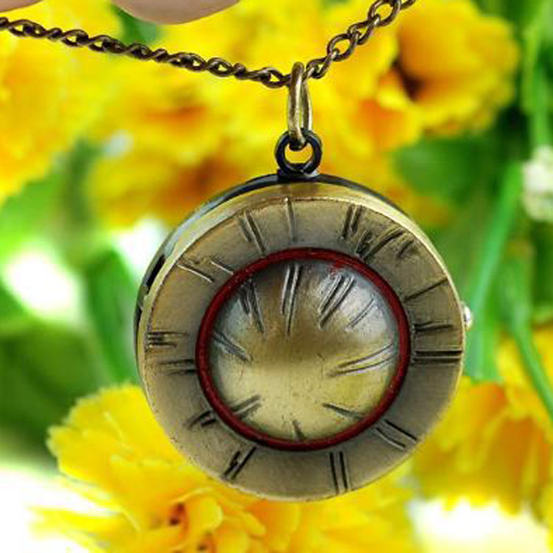 Hot Sale Antique Anime Series Straw Hat Quartz Pocket Watch Necklace